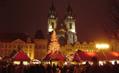 Christmas_Old_Town_Square_Prague_2007
