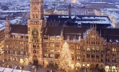 germany tours munchen marienplatz square christmas l 4c