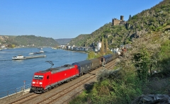 150114122722-germany-rail-rhine-valley-super-169