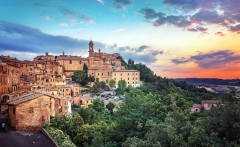lovely-hill-town-of-montepulciano-in-tuscany-wide-wallpaper-591189