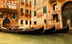 italy-romantic-venice-boat-hd-wallpaper-for-desktop-background-download-free