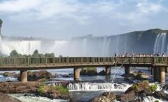 Argentina-Iguazu-Falls-Suspended-Viewing-Platform-LT-Header