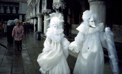 venice-carnival-113169-lw