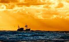 sunset-fishing-boat-top-hd-images-new-wallpapers-for-abckgrounds
