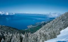 Vevey-Lake-Geneva-Winter-Alps