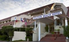 dolphin-beach-entrance