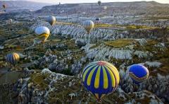 balloons_over_cappadocia_by_citizenfresh-d6niwdn