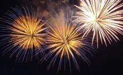 BIG_New_Year_Fireworks_1443599544656