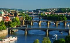Praha_v_létě-1600x1200