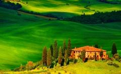Tuscany Vacation Desktop Background