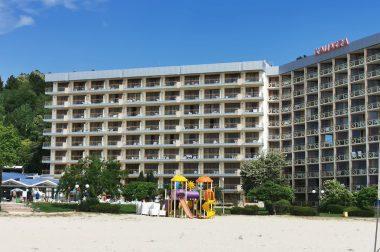 Почивка в Албена и хотел Калиакра Бийч 4*